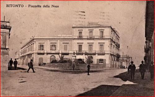 02 PIAZZA CANONICO DELLA NOCE