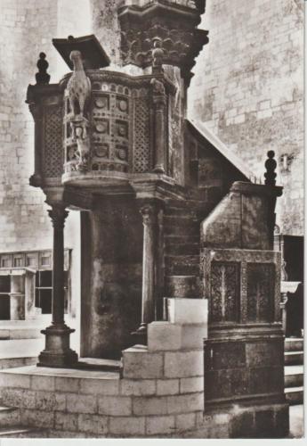 Cattedrale interno pulpito